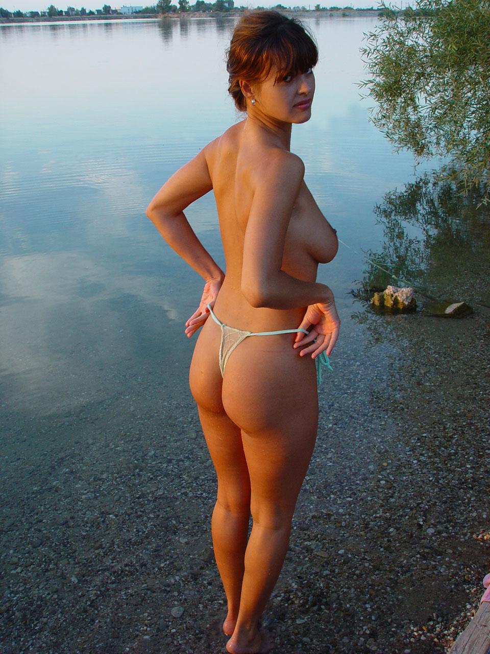 Частное жен на берегу 2 фотография
